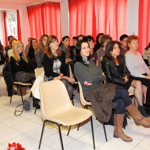 Assistantes-maternelles_17-12-2015