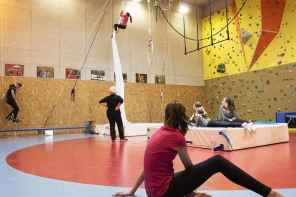 Ecole Cirque 1
