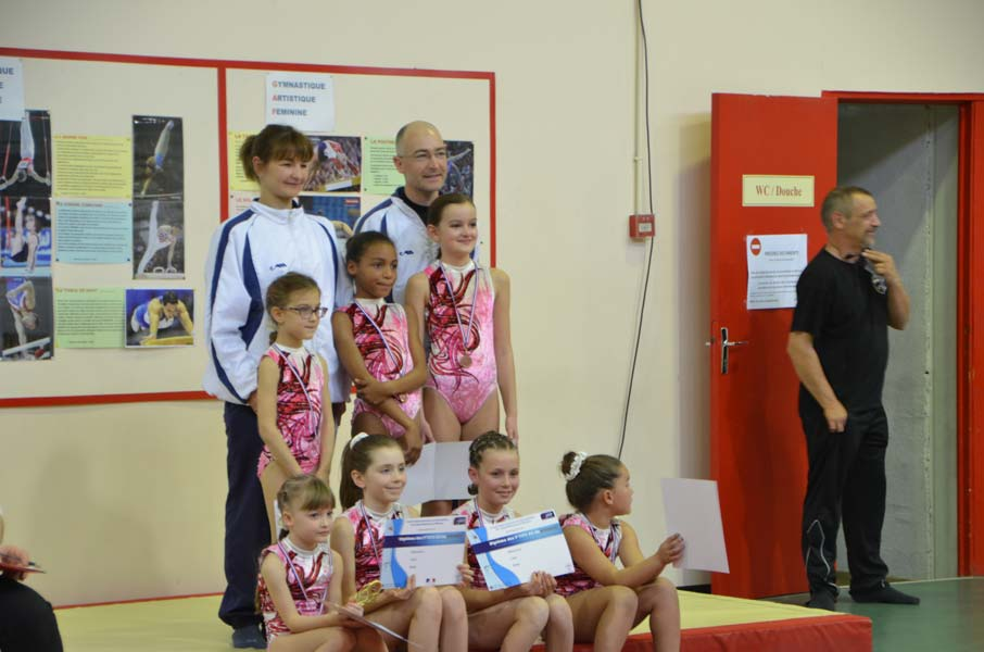 Les jeunes gymnastes à Drap