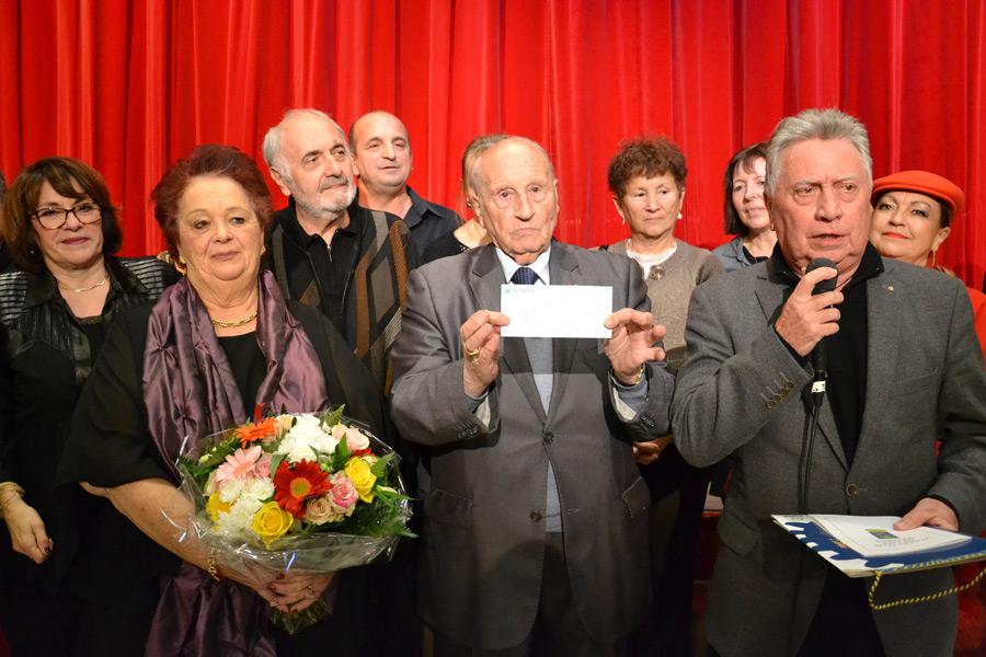 Le Rotary remet un chèque au C.C.A.S