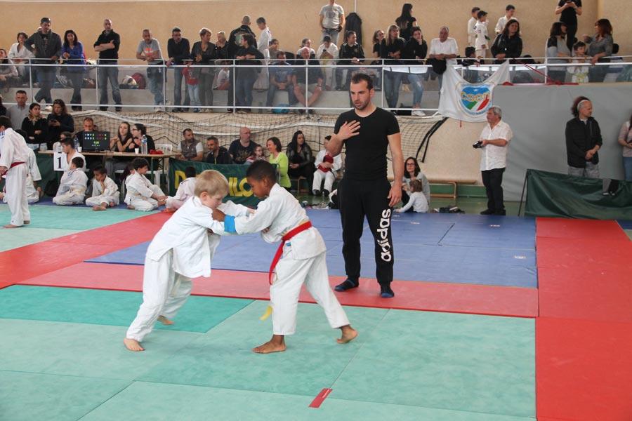200 judokas au tournoi Julien Camoin
